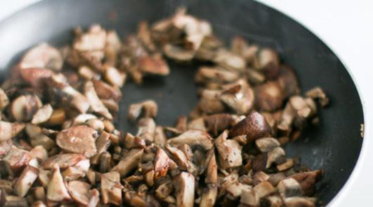 Medium mushroom saut   1 of 1